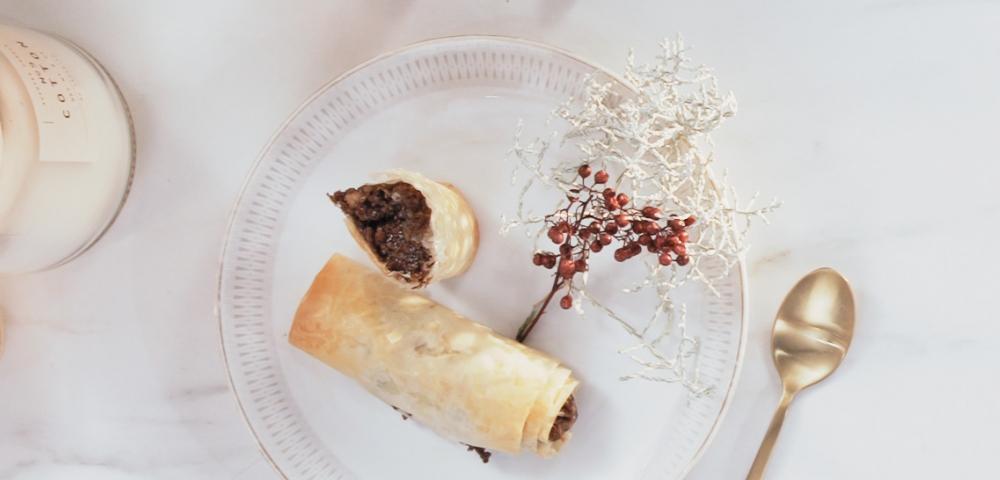 Baklava, chocolade, amandelen, walnoten