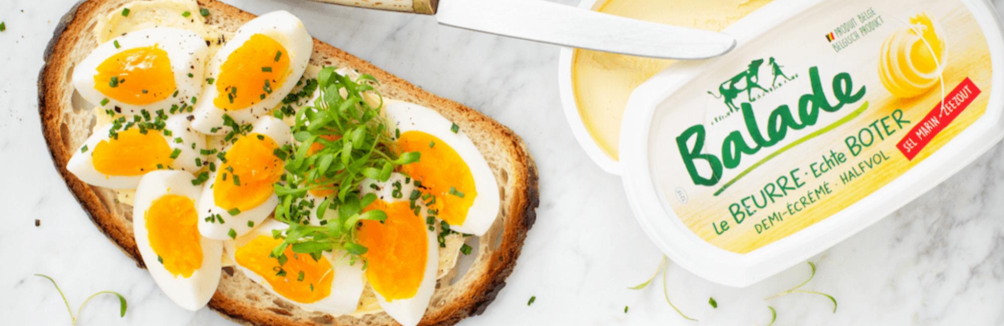 Tartine aux œufs mollets