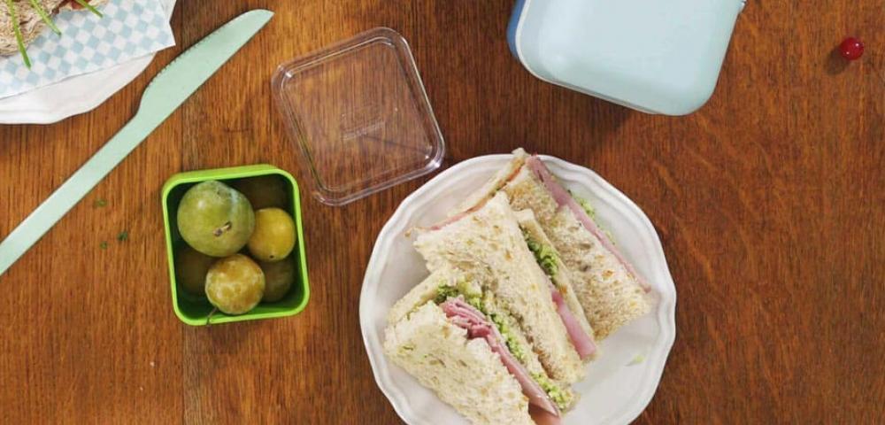 Platte sandwich, broccolipesto, ham